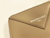 BALENCIAGAのお財布が入荷しました!!