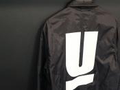 UNDERCOVER(アンダーカバー)の定番人気ロゴコーチジャケット入荷です!