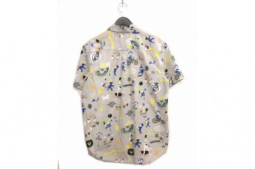 ステューシーのシャツ