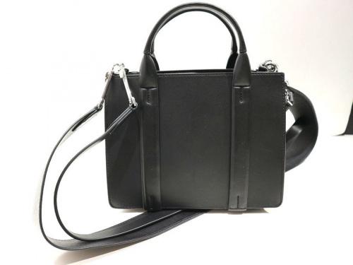 セオリーのバッグ