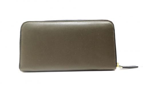 マルニのバイカラーラウンドレザー財布