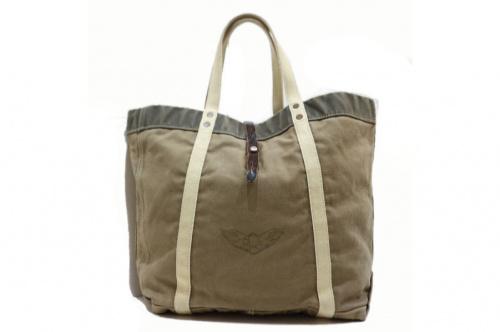 ダブルアールエルのバッグ