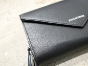 BALENCIAGAのPAPER THE MONEYが入荷しました。