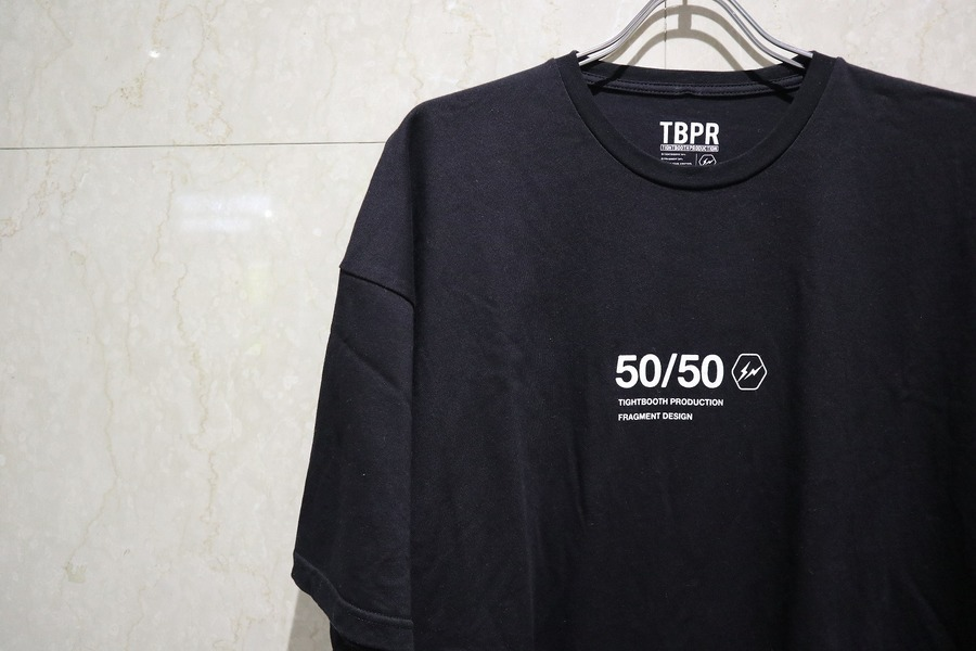 「ストリートブランドのFRAGMENT DESIGN × TIGHTBOOTH P 」