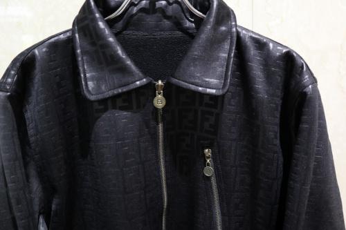 フェンディのフリースジャケット