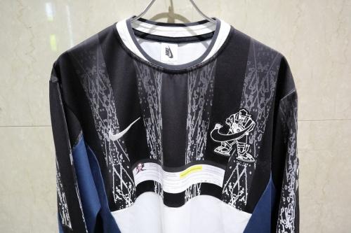 Tシャツ・カットソーのナイキラボ