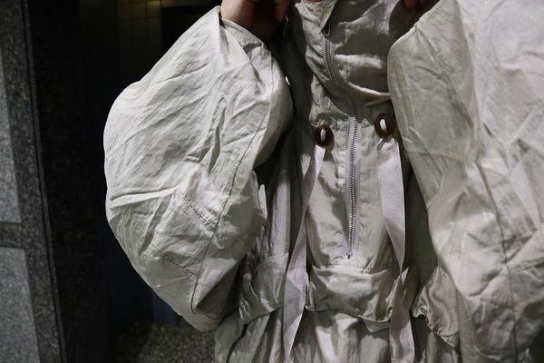 ミドリガワのpulloverer hood coat