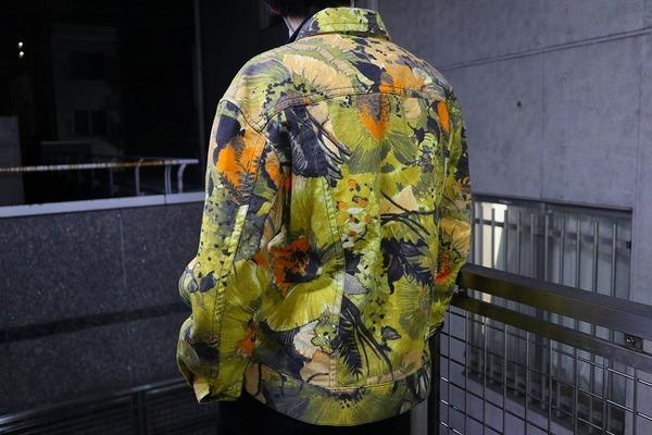 ドリスヴァンノッテンのボタニカル柄デニムトラッカージャケット