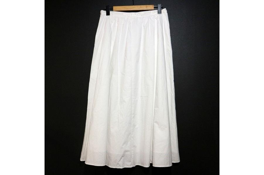 エスペラックのコットンタイプライター刺繍ロングスカート