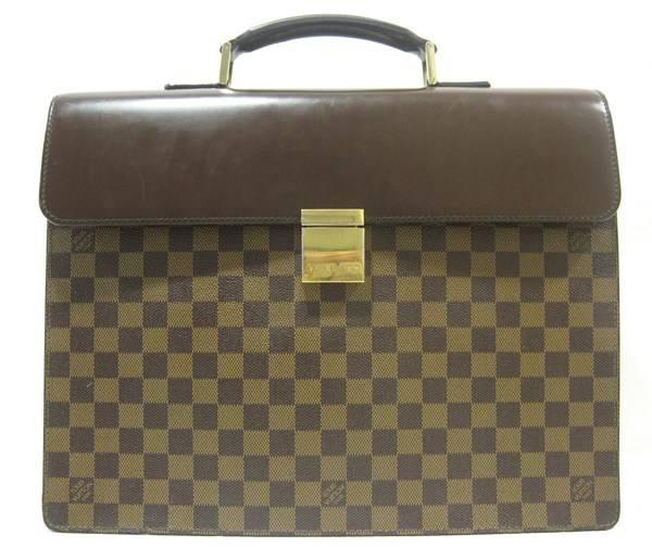 「ヴィトンのビジネスバッグ 」