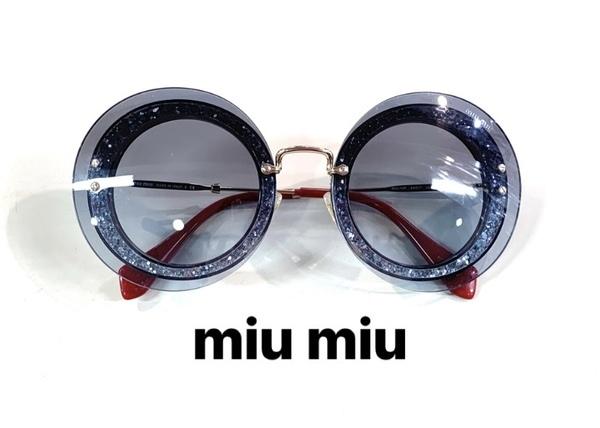 「インポートブランドのMIU MIU 」