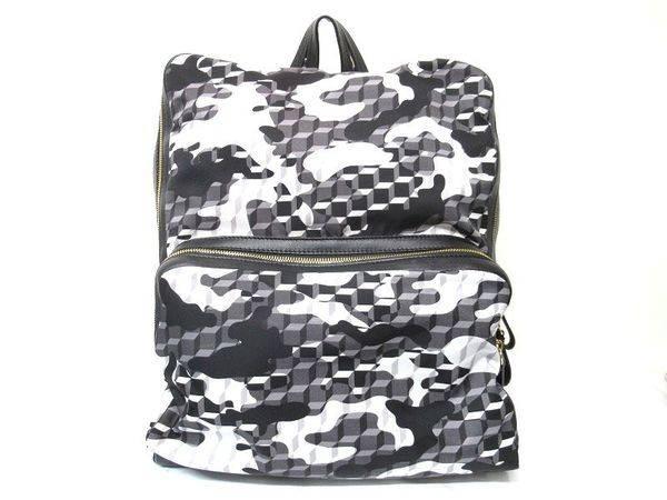 ピエールアルディのバッグ