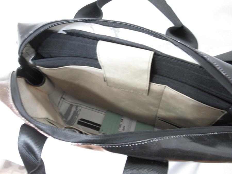 フライターグのメッセンジャーバッグ