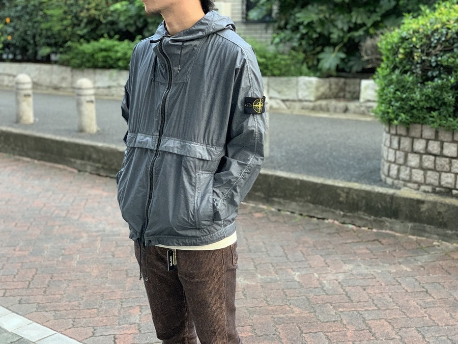 【STONE ISLAND】特殊素材使用のシェルアウター買取入荷!