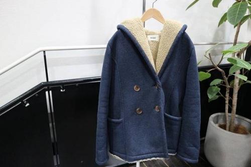 ジーナシスのコート
