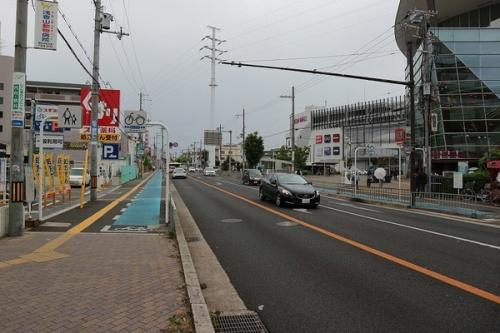 駐車場の北花田