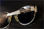 世界中で大人気、あのブランドのヴィンテージサングラスを買取入荷致しました☆
