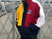 【TOMMY HILFIGER/トミーヒルフィガー】90sマルチカラーsailing jacketのご紹介です。