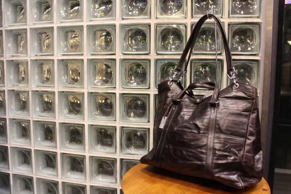 「メンズのバッグ 」