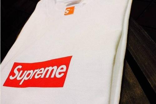 シュプリームのボックスロゴ