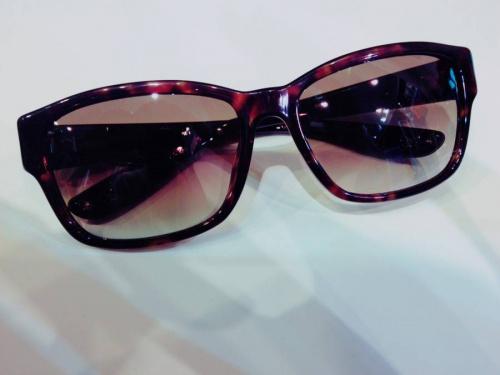 アクセサリー・小物のサングラス