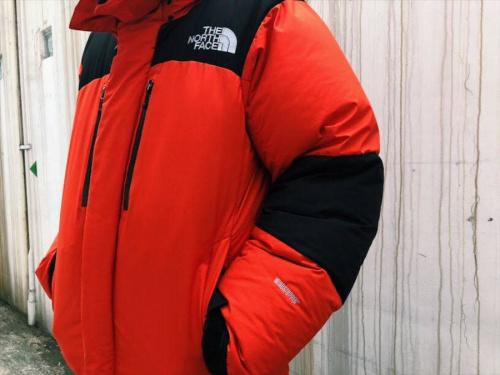 バルトロライトジャケットのダウンジャケット