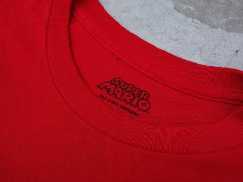スーパーマリオのシャツ