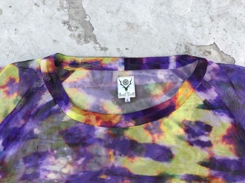 サウスツーウエストエイトのブッシュシャツ