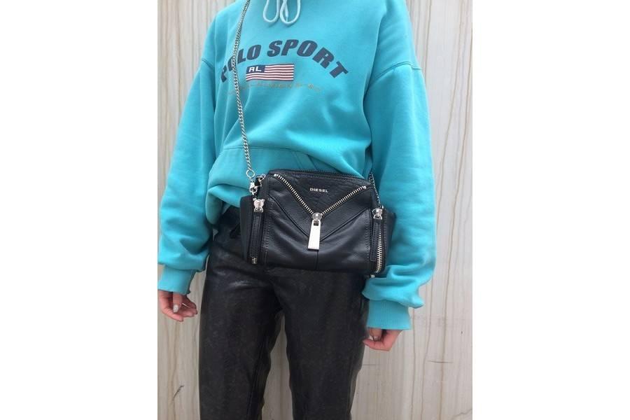 DIESEL/ディーゼルのチェーンバッグは見た目以上の逸品なんです♪【古着買取トレファクスタイル下北沢1号店】