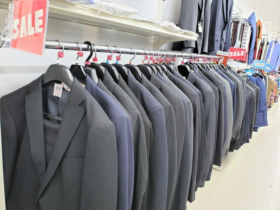 春日部のスーツ