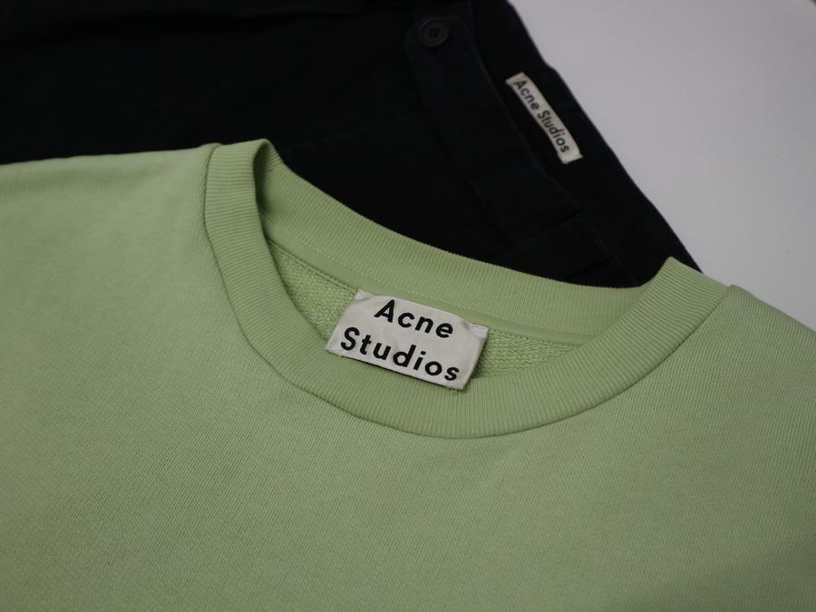 「インポートブランドのacne studios 」