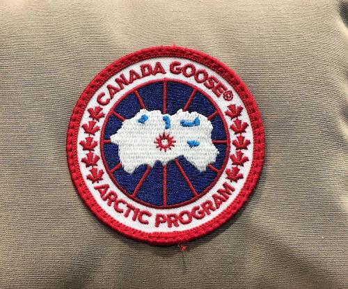 CANADA GOOSEのDUVETICA