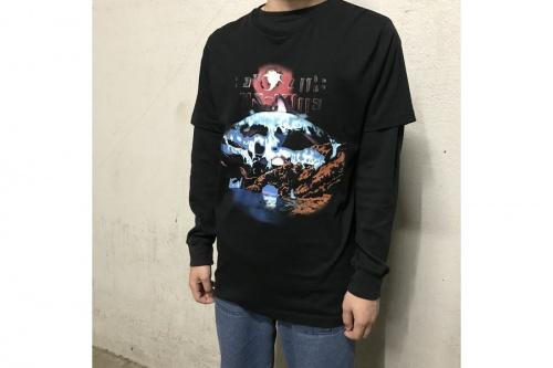 バレンシアガのTシャツ