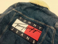 「TOMMY デニムジャケットのTOMMY JEANS ボア 」