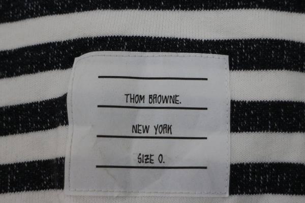 「トムブラウンのハーフパンツ 」