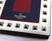 VALENTINO/ヴァレンティノよりロックスタッズミニ財布入荷。