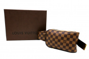 LOUIS VUITTON/ルイヴィトンよりダミエ ボディーバッグ入荷。