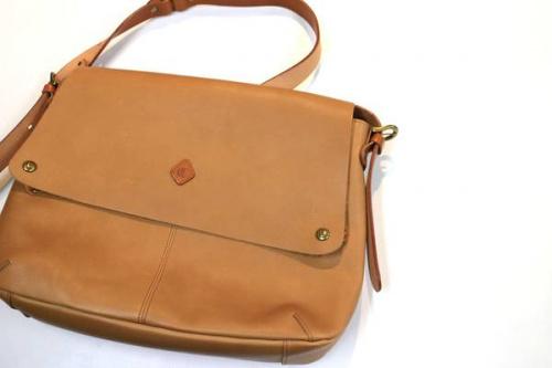 古着屋のバッグ