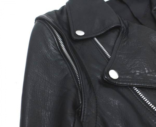 ライダースジャケットのレザー
