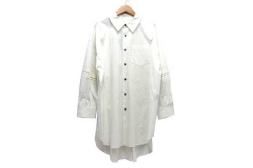 ニアー ニッポンのシャツ
