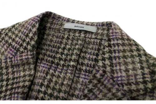 千鳥格子のテーラードジャケット