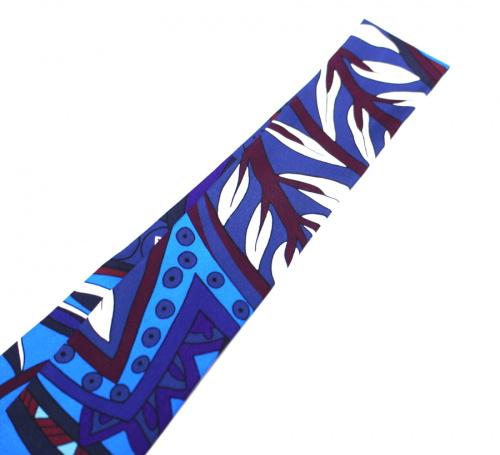 エルメスのツイリースカーフ