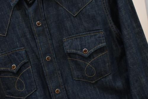 サンローランパリのデニムウエスタンシャツ