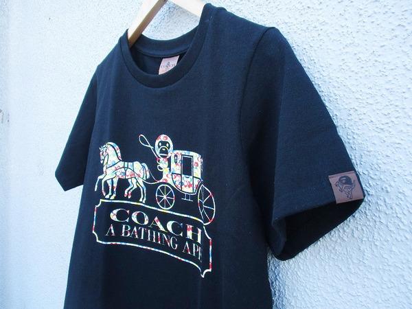 「ストリートブランドのA BATHING APE × Coach 」