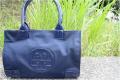 「トリーバーチのバッグ 」