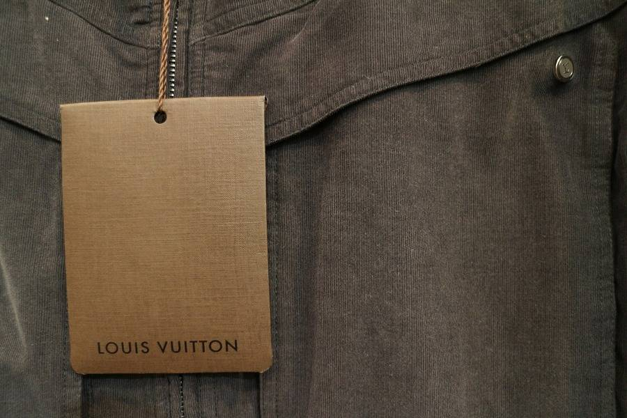 「LOUIS VUITTONのルイヴィトン 」