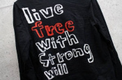 【COMME des GARCONS/コム デ ギャルソン】『live free with Strong will』メッセージニット入荷!