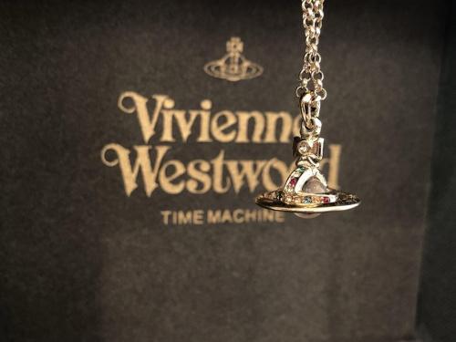 インポートブランドのVivienne Westwood