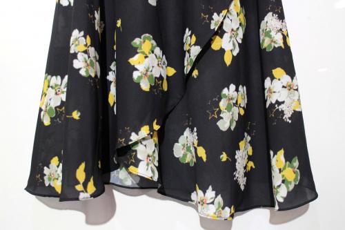 リカのラップスカート