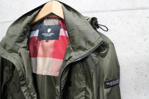 ナイロンジャケットのジャケット